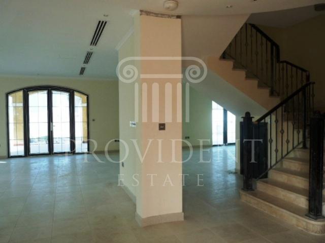 entrance - Legacy villa, Jumeirah Park