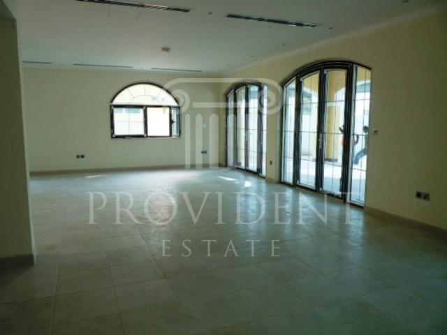 Living area - Legacy villa, Jumeirah Park